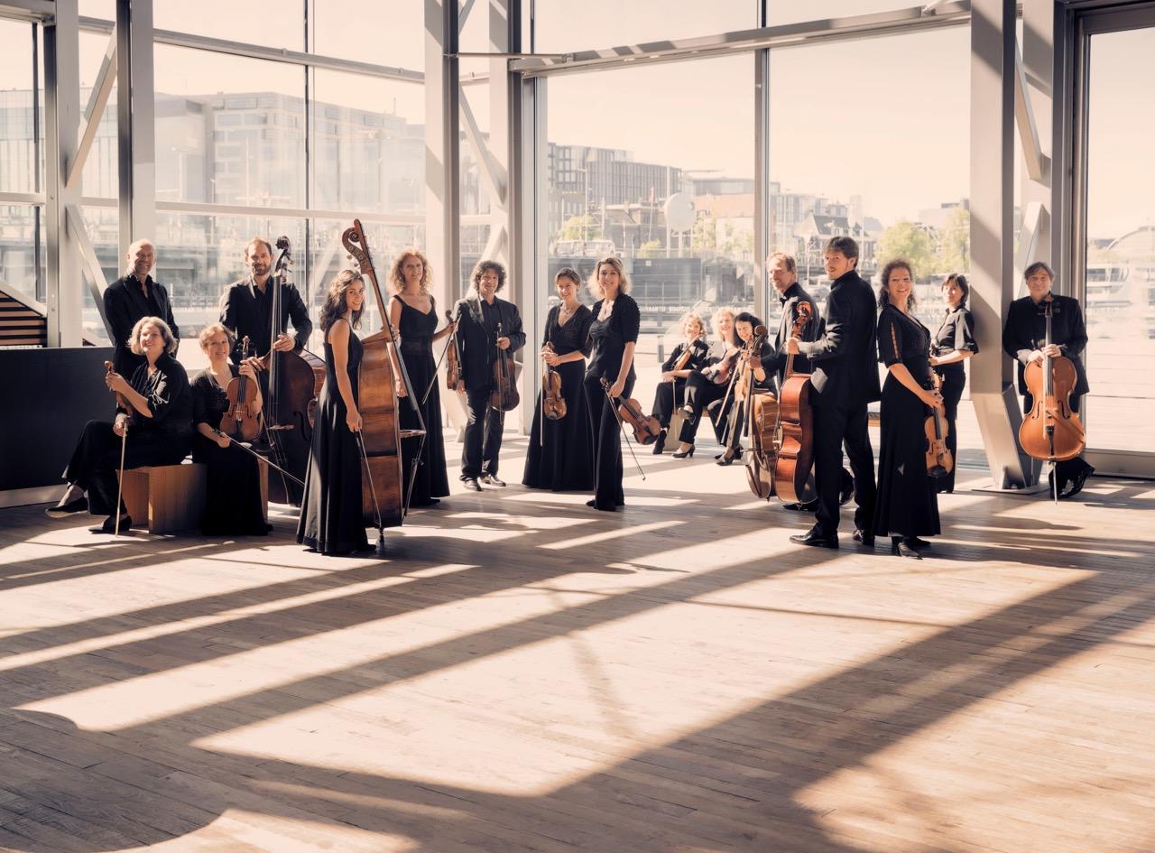 sinfonietta_th.jpg
